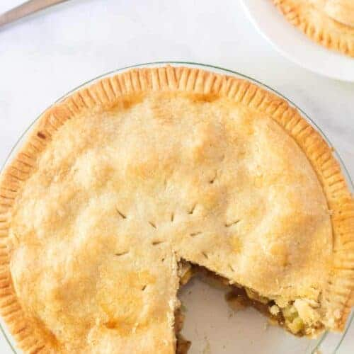 Simple Pie Crust (made with shortening and butter)