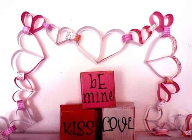 How to: Heart Paper Chain