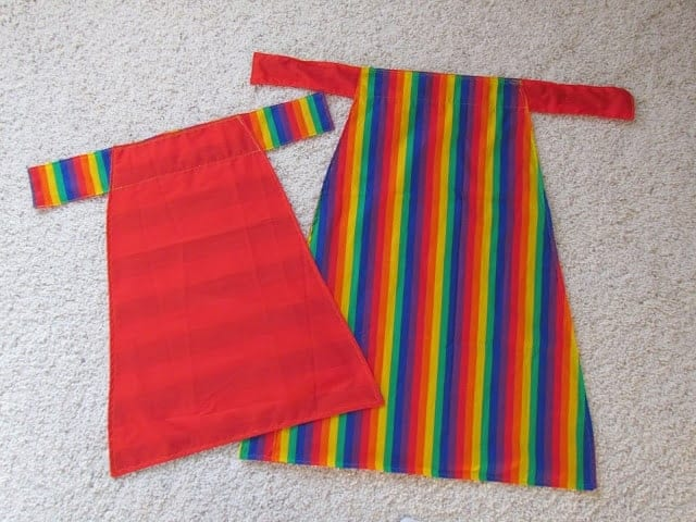 How to: Reversible Kid Cape or Apron
