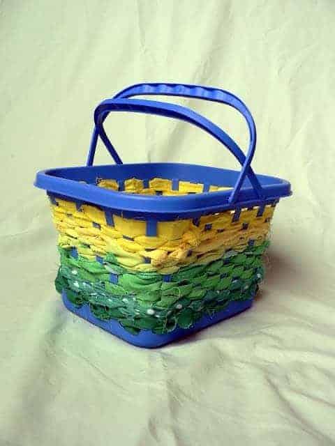 How to: No Sew Scrap Fabric Basket