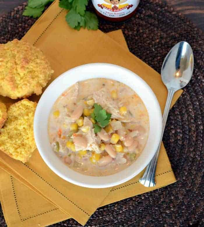 A healthy version of my favorite chili. White Chicken Chili is full of flavor and gets it creaminess from an unexpected place: corn meal!