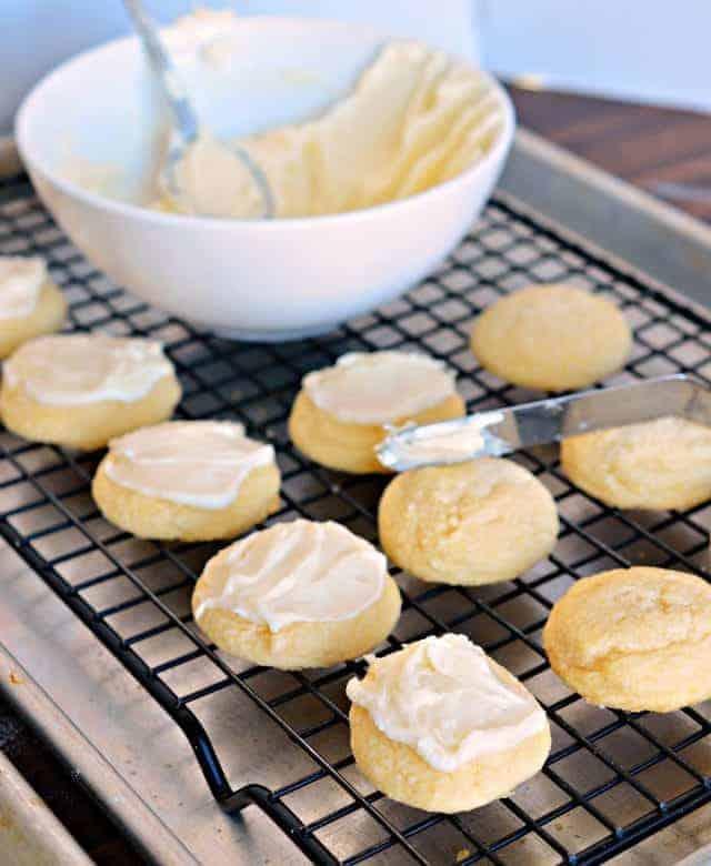 Mint Meltaway Cake Recipe