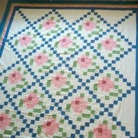 Mosaic Rose Quilt Top