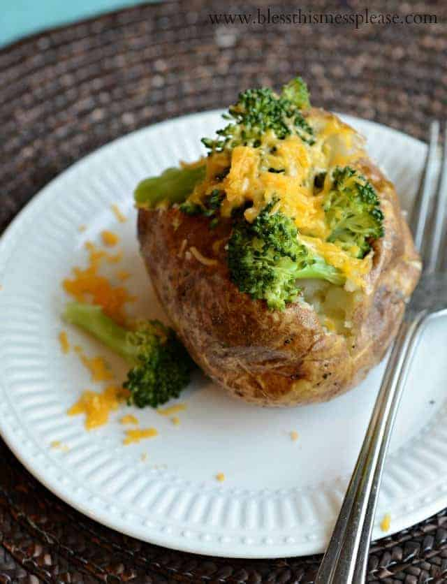 How to bake a potato - the secret is baking it in the oven without foil, this makes perfectly fluffy potato centers and the outside of the potato crisp.