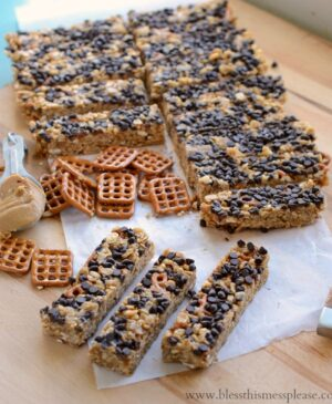 Image of chocolate peanut butter pretzel granola bars