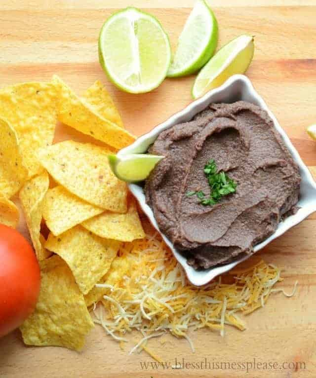 "Healthy Black Bean Dip AKA 5 minute ""re-fried"" beans so full of flavor your nachos will be changed forever 