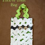 Mummy Trick-or-Treat Bag Tutorial