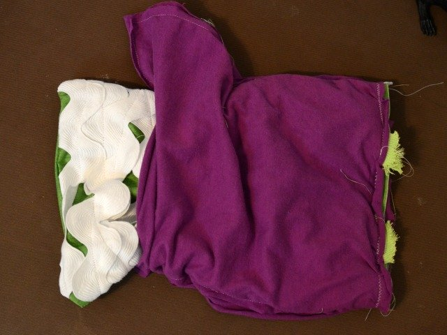Mummy Trick or Treat Bag by www.blessthismessplease.com