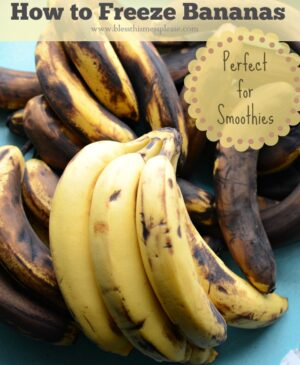 This is the best way to freeze bananas! Stock up while bananas are on sale and keep your stash in the freezer for smoothies!