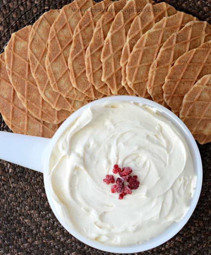 Cheese Cake Dip - 4 ingredients and 5 minutes never tasted so good!