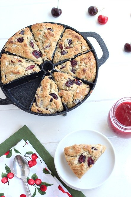 Old-Mountain-Cast-Iron-Scone-Pan-@createdbydiane-Cherry-Scone-Recipe.jpg