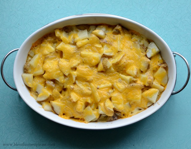 Super easy recipe -Pioneer Woman's Perfect Potatoes au Gratin