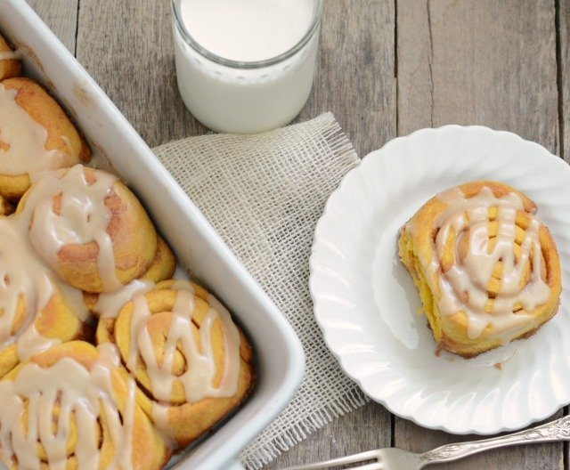 Image of a Pumpkin Cinnamon Roll on a Plate