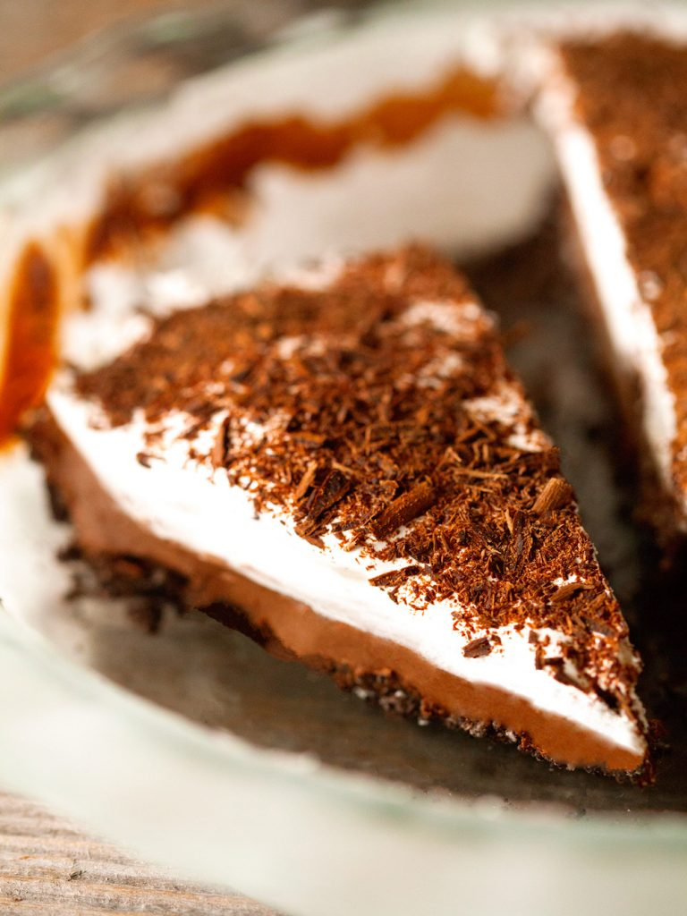 French Silk Pie-Deliciously Yum