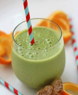 Cold Killer Smoothie loaded with vitamin C, ginger, bananas, honey and spinach to fight off that sickness.