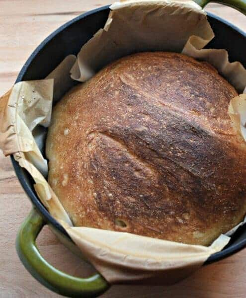 Super Simple No-Knead Bread using just 4 ingredients.