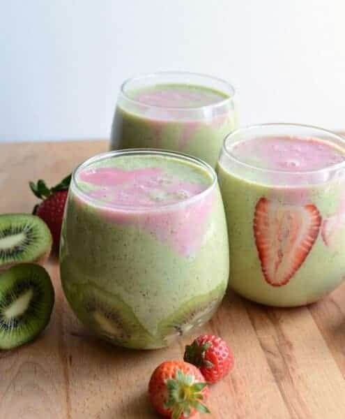 Healthy Strawberry Kiwi Smoothie made with spinach and Greek yogurt is dairy free,added sugar free and is a quick and easy breakfast or snack.