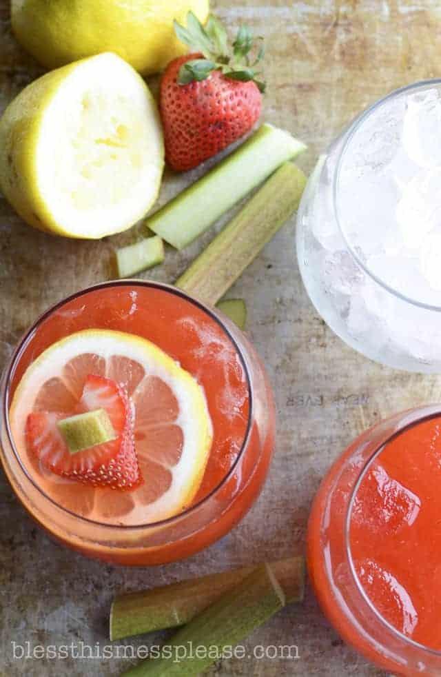 15 Luscious Lemonade Recipes (all non-alcoholic)