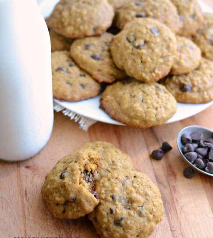 Pumpkin Oatmeal Chocolate Chip Cookies because #Choctoberfest (plus a Giveaway!)