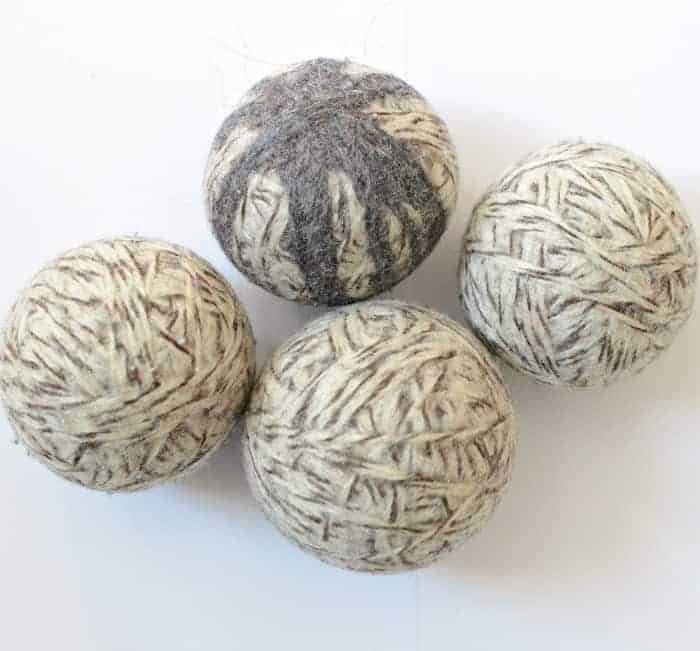 DIY Felted Wool Dryer Balls -cut down on drying time and freshen laundry without the chemicals!