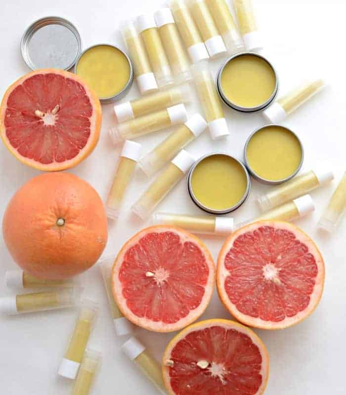 Homemade Beeswax Lip Balm (Homemade Pink Grapefruit Burt's Bees!)