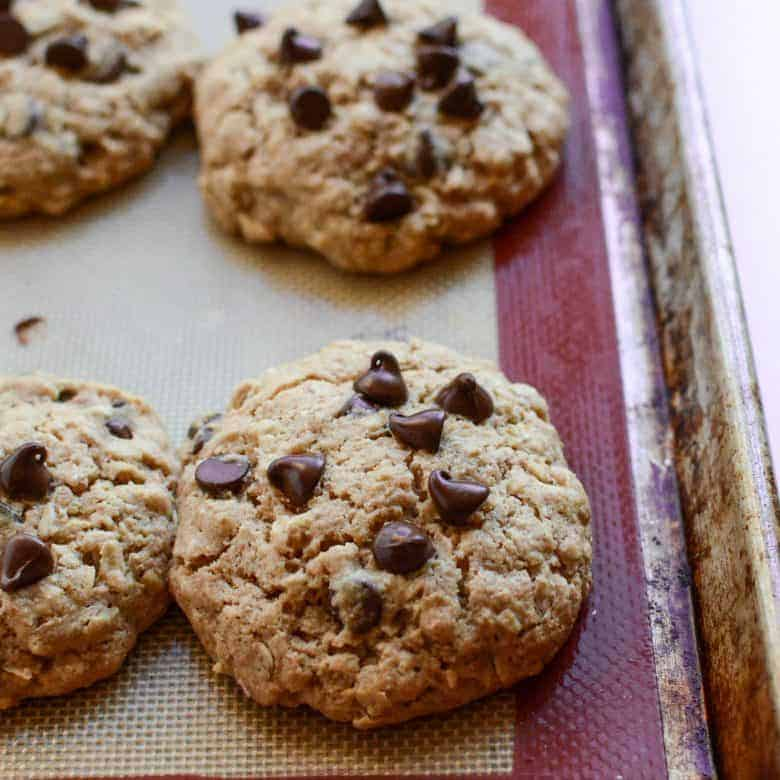 Oatmeal Chocolate Chip Cookies (made with honey and whole wheat flour)
