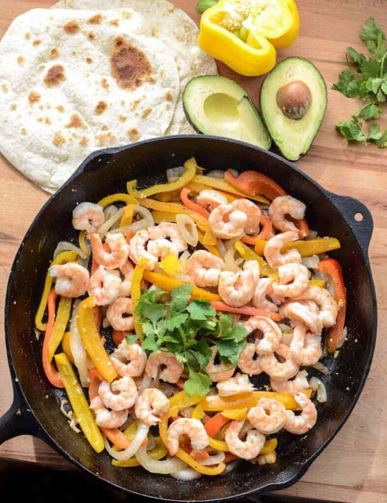 Simple Shrimp Fajita Recipe the whole family will love, done in 20 minutes!