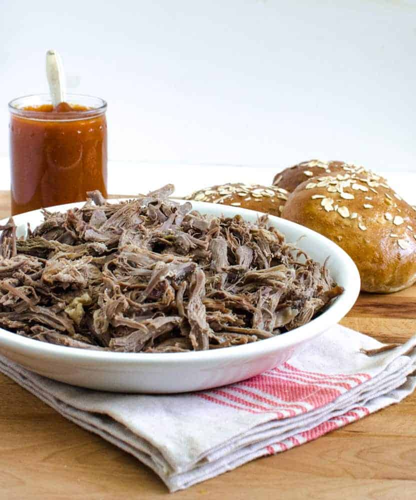 How to make any pulled meat in the slow cooker (beef, pork, lamb)