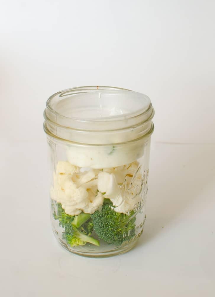 Healthy Snacks in Jars - Cauliflower and Broccoli