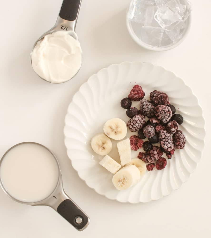 Very Berry Simple Smoothie - Ingredients