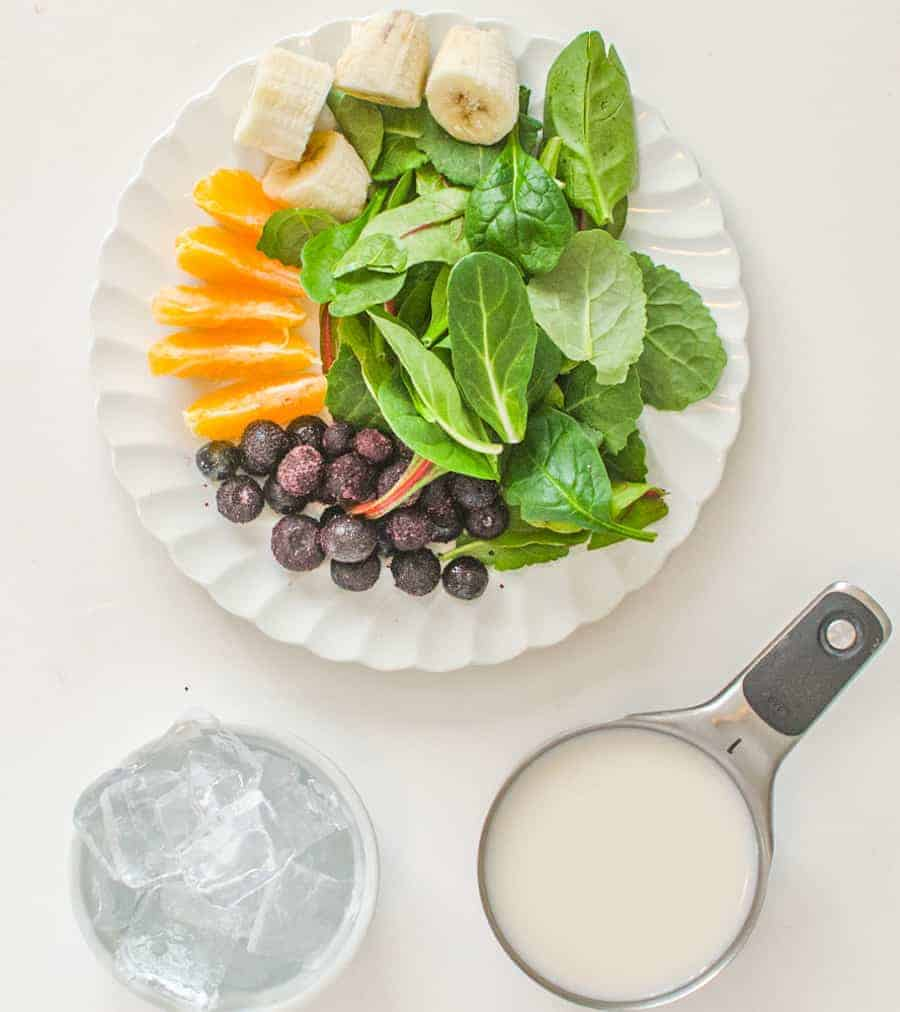8 simple smoothie recipes to get you excited to drink your fruits (and veggies!) again, plus tips and tricks for making great smoothies, every time. #greensmoothie #smoothie #healthy