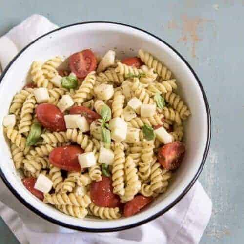 Quick & Easy Pesto Pasta Salad