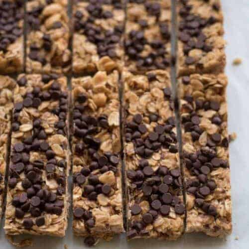 The Best Chocolate Chip Granola Bar Recipe