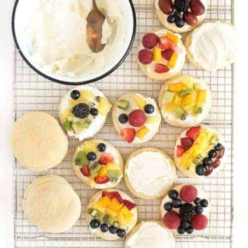 Fruit Pizza Sugar Cookies and a Trip to the Farm!