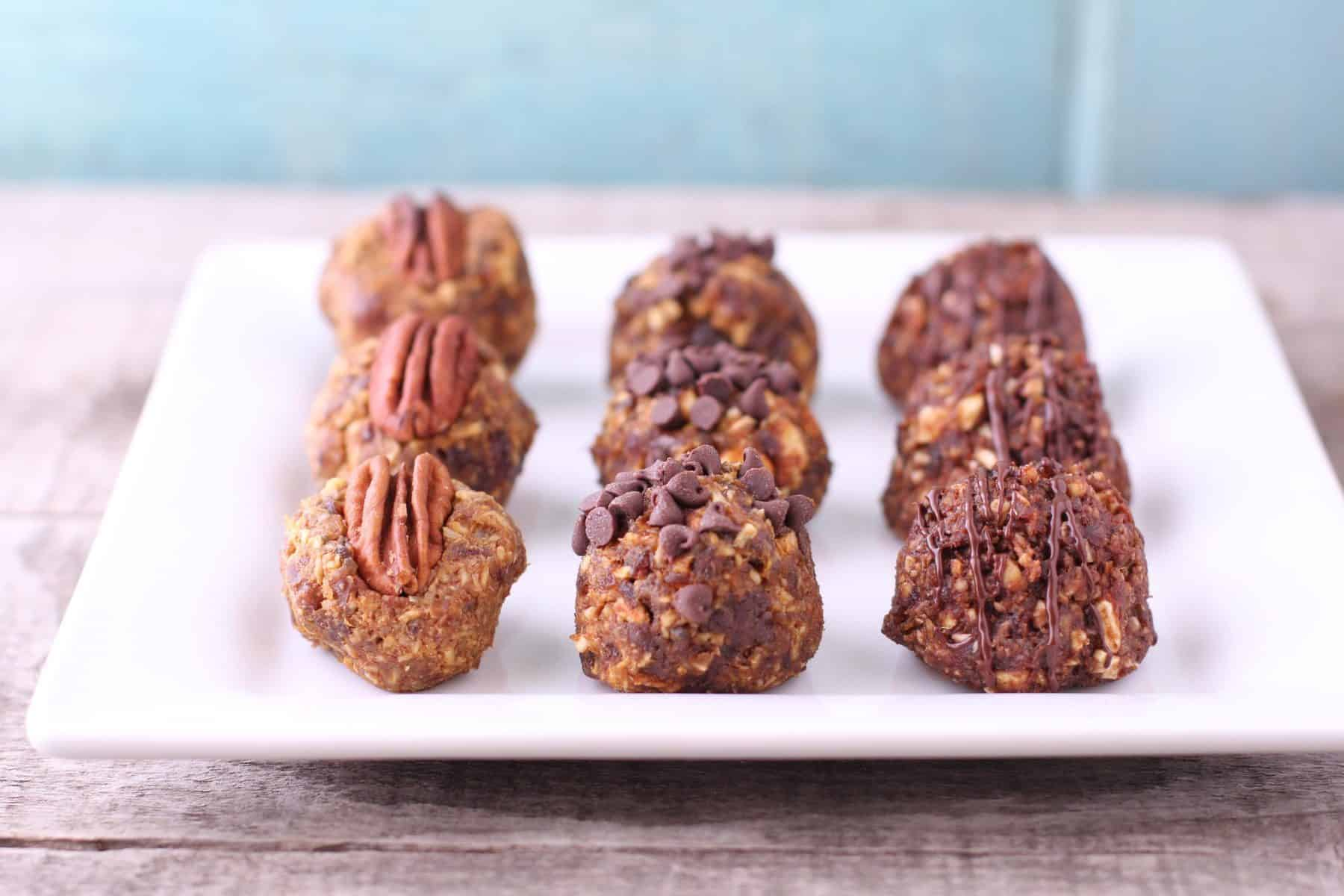 You have to try these 3 easy pumpkin energy ball recipes! From pumpkin pecan, to pumpkin chocolate chip, to pumpkin balls drizzled in dark chocolate. Yum!