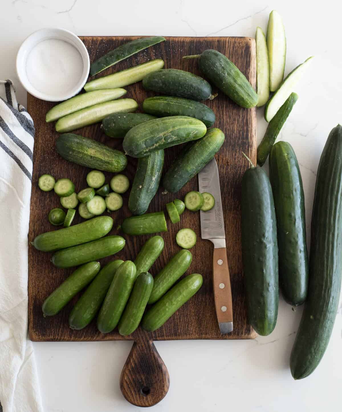 Sweet and spicy cucumbers and vinegar make the most delicious refrigeration pickles that only take about 5 minutes to make.