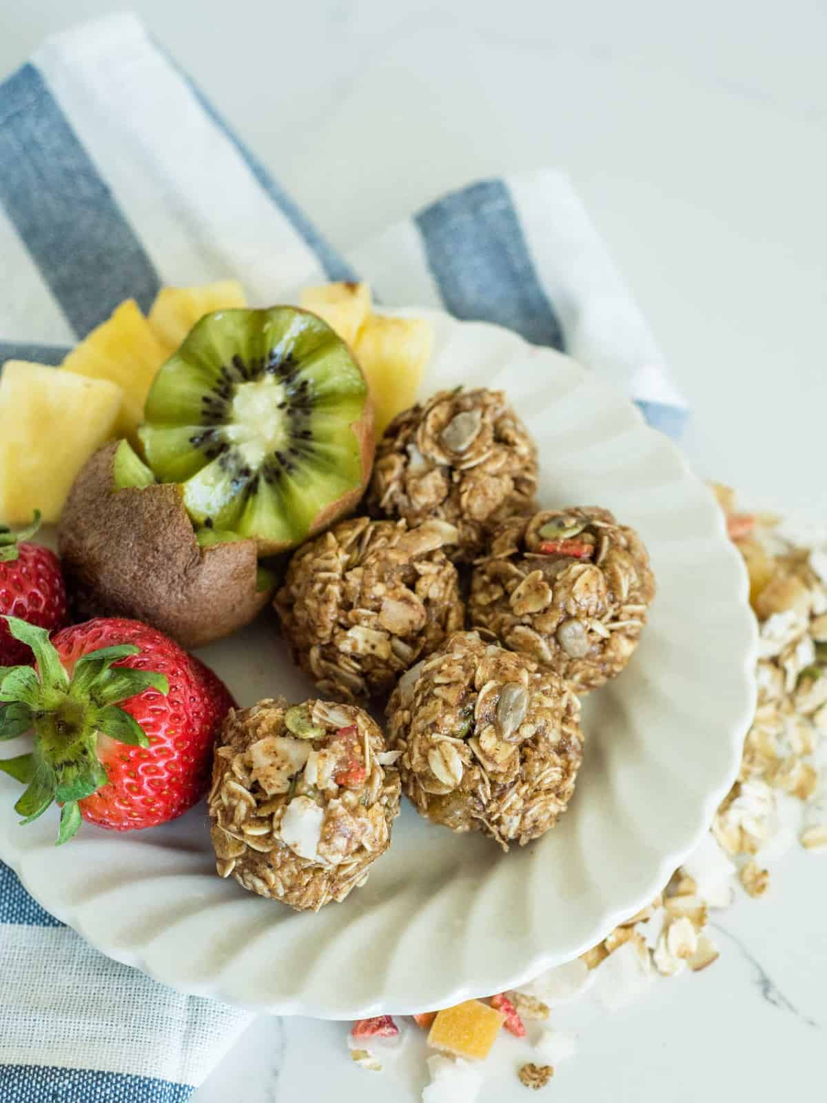 Image of No Bake Muesli Bites on a Breakfast Plate
