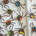 Oreo Spider Halloween Snack | Easy Halloween Treats & Party Food Idea!