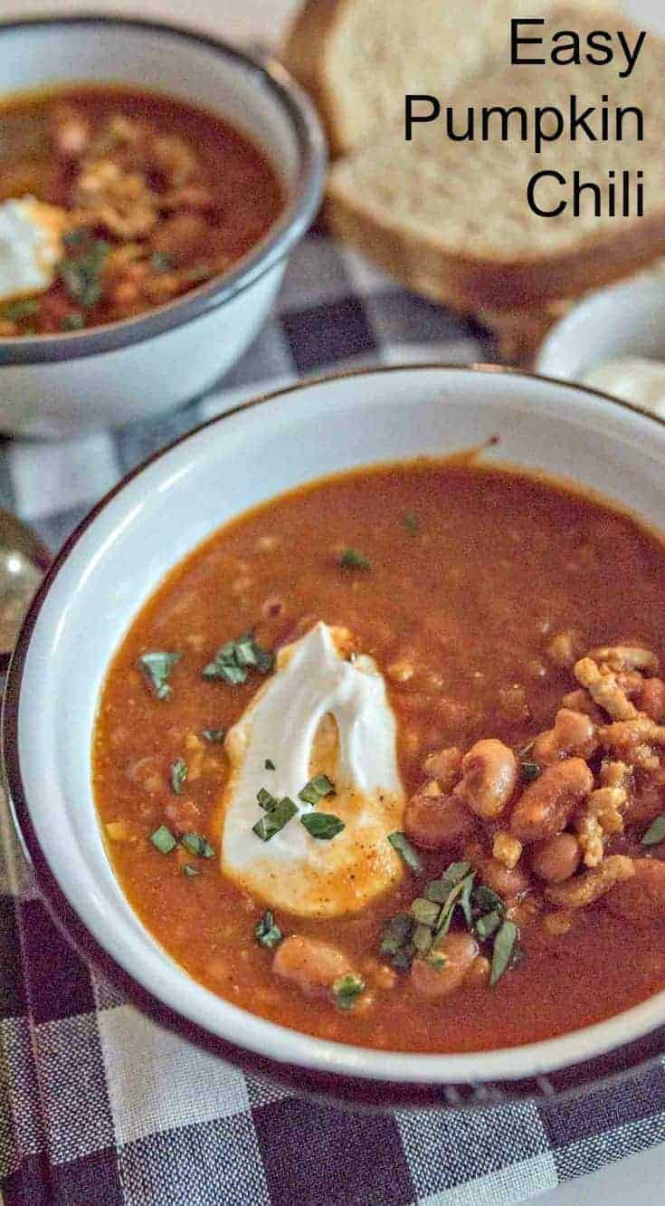 A favorite chili recipe! Quick, easy & healthy turkey pumpkin chili made with ground turkey, canned tomatoes, pumpkin puree, beans & lots of hearty spices. #chili #pumpkin #cozymeals #dinner