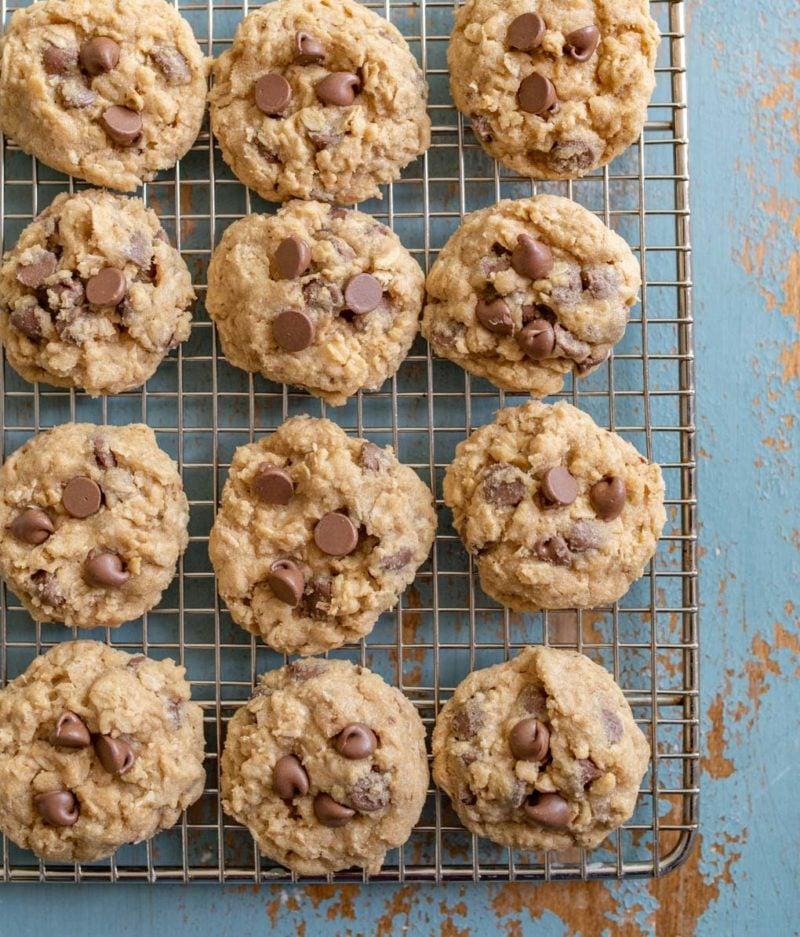 Homemade Oatmeal Chocolate Chip Cookies Recipe