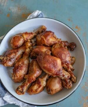 Bowl of slow cooker chicken legs