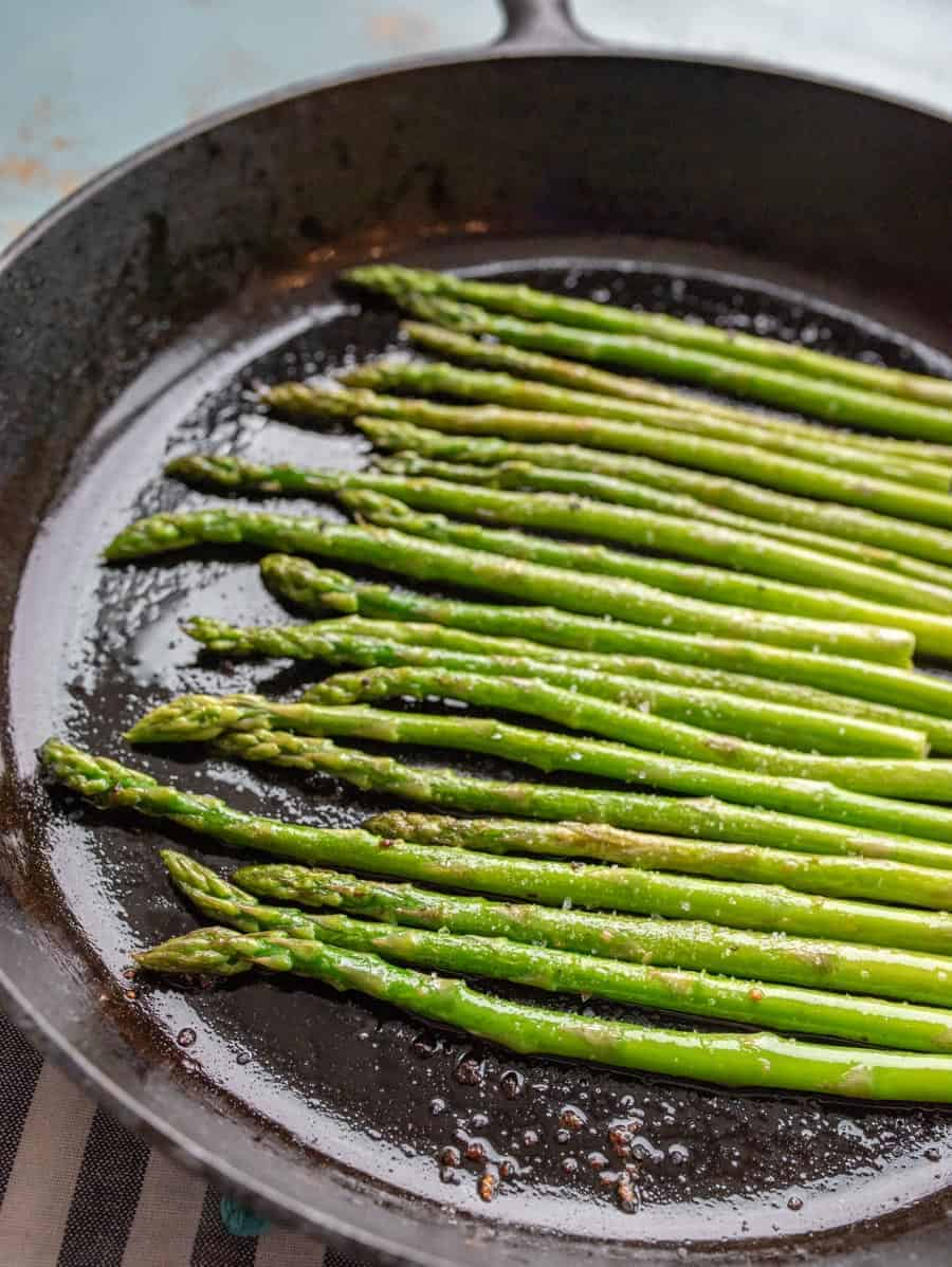 How To Cook Asparagus Easy 15min Stovetop Asparagus Recipe