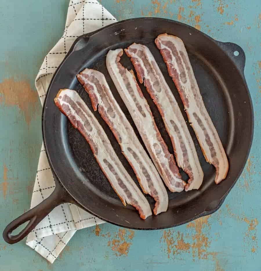 Tips and tricks you need to know so that you can cook crispy bacon in a cast iron skillet any day of the week.