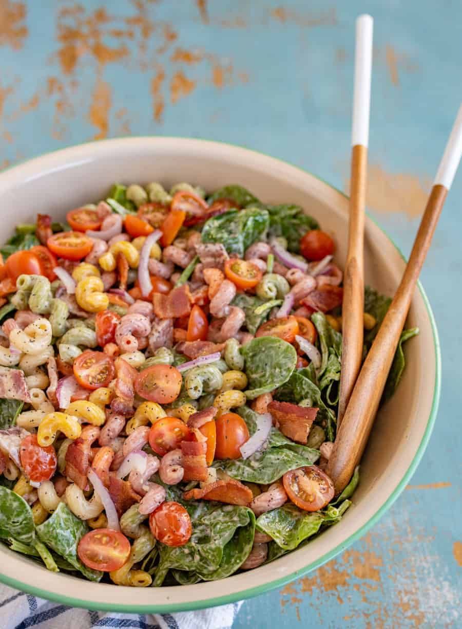 Summer is right around the corner, and this Spinach Bacon Pasta Salad is the freshest side dish for all the picnics, barbecues, and pool parties your heart desires.