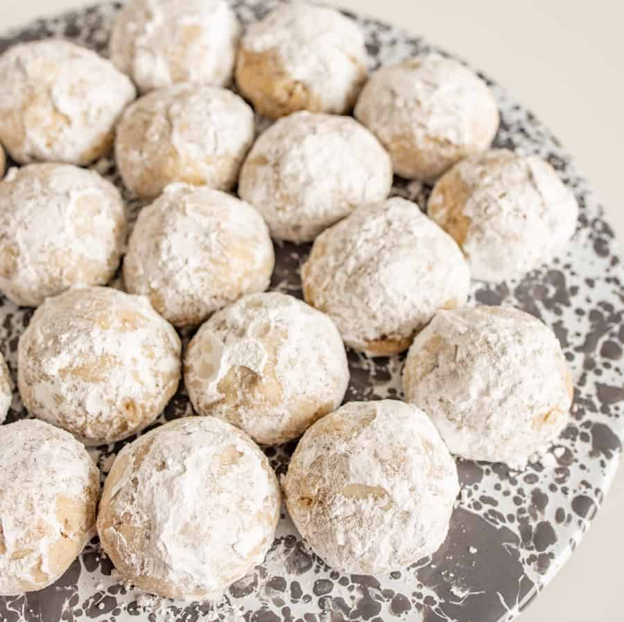 These bite-sized Easy Mexican Wedding Cookies are festive pops of a sweet and nutty dessert that isn't over-the-top rich.