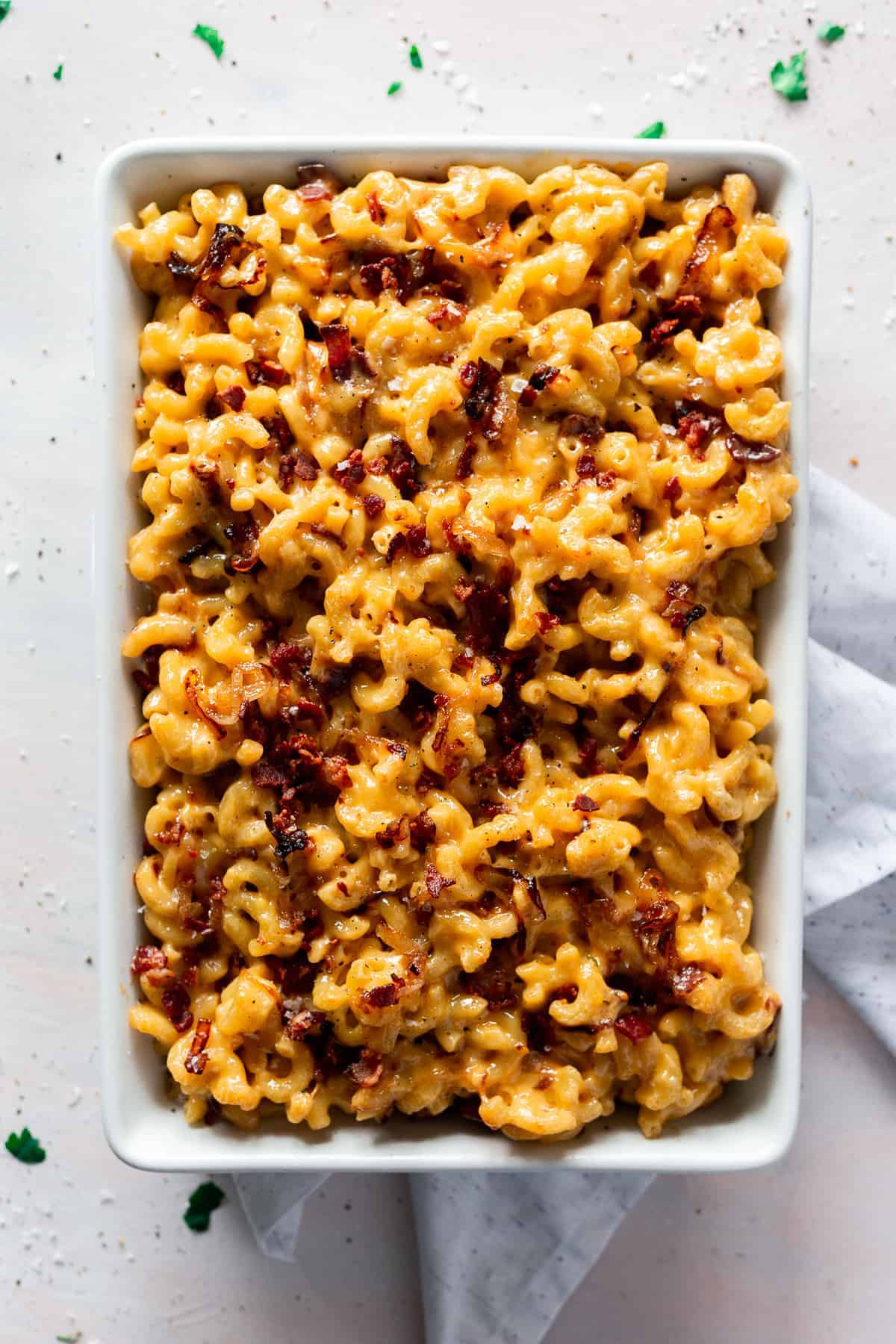 Is there anything better than bacon, caramelized onions, and cheese? According to this Creamy Baked Mac and Cheese with Bacon, absolutely not.
