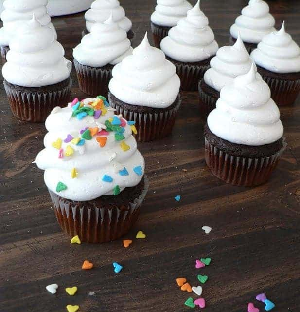 Easy White Cloud Icing Recipe