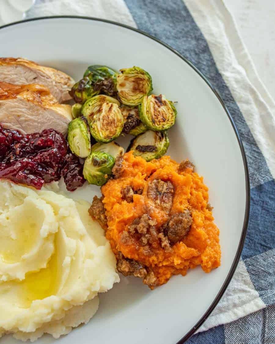 turkey dinner with sweet potato casserole without marshmallows
