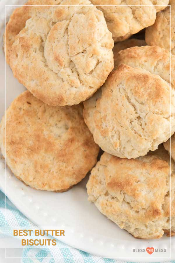 The best butter biscuit recipe EVER, perfect for lazy mornings lounging around the house when all you want is a cozy, comforting breakfast! This is a no-fuss recipe with simple instructions that anyone can make with ease, and they come out fluffy and flaky every time. #biscuits #butterbiscuits #biscuitrecipe #biscuit #homemadebiscuits