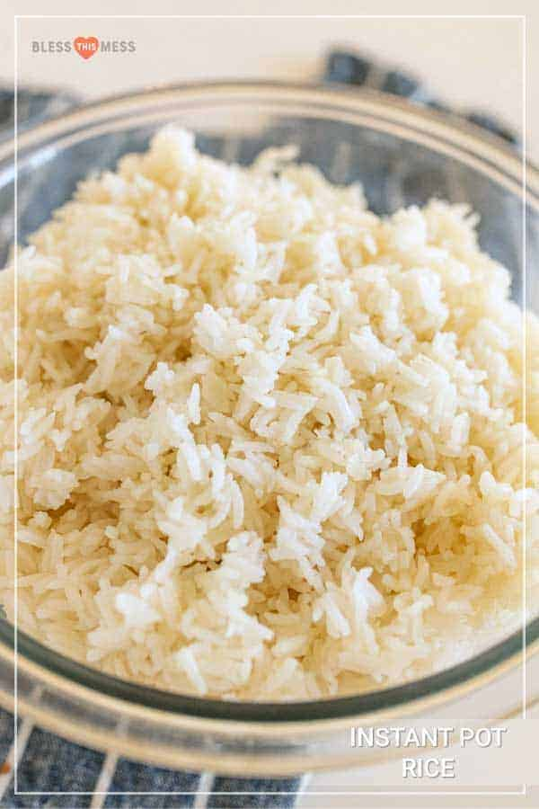 instant pot white rice in a glass bowl